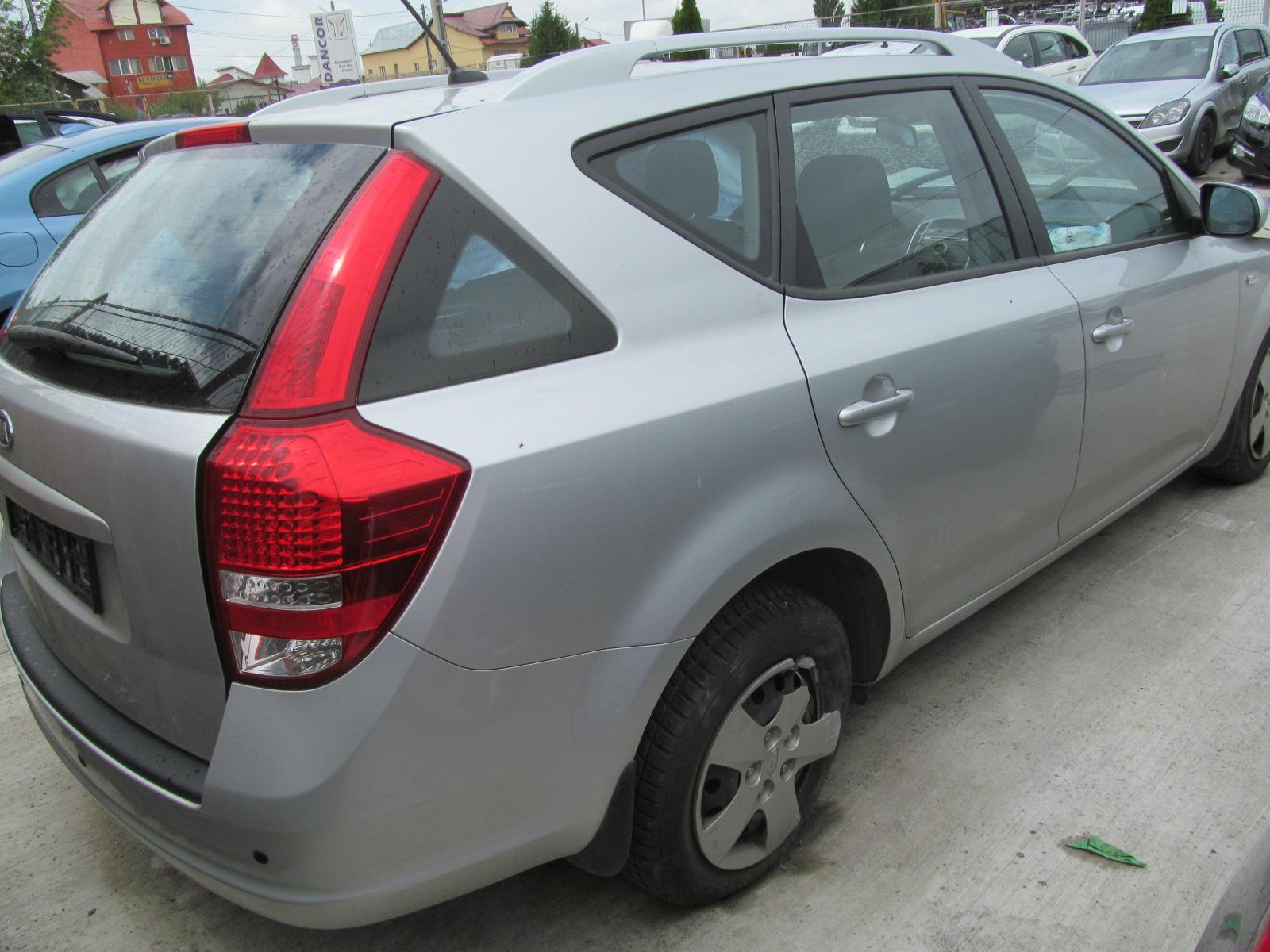 2010 Volkswagen Polo Vivo 1 4 ID1613vd moreover Mazda 3 Axela Hatchback 2009 as well 5278 further Mazda 3 Axela Sedan 2009 likewise Focus. on 2010 mazda 6i interior