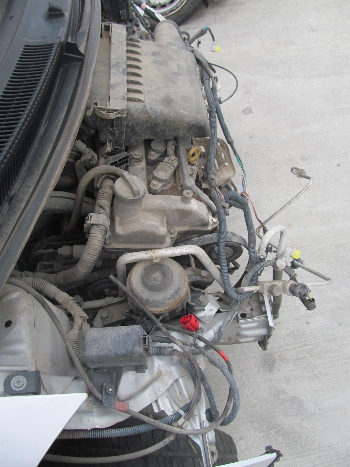 Auto Dezmembrate Toyota Yaris 1 3 2007 Benzina